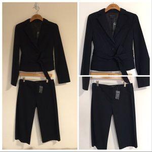 2pc NEW BCBG MAX AZRIA Knee length trouser suit